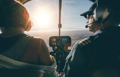Co-pilote dans un hélicoptère